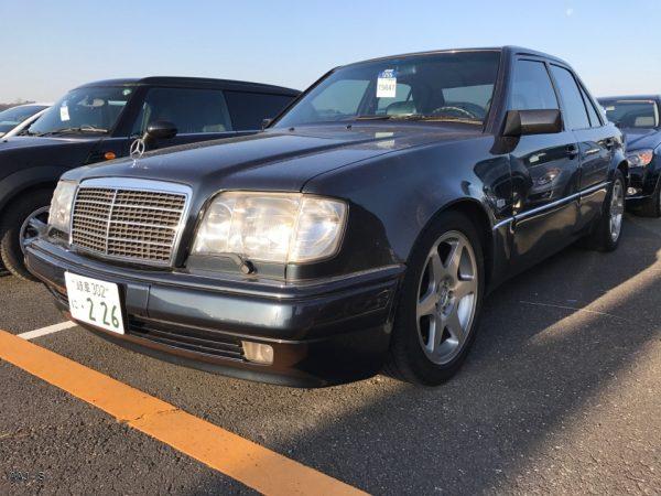 Mercedes-Benz E500 LTD 1995