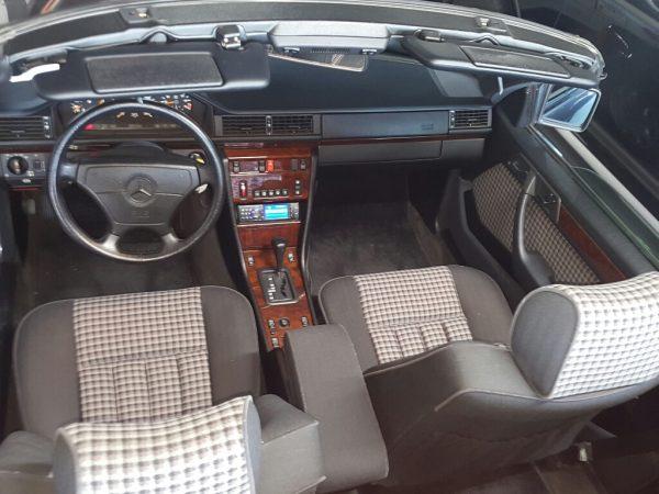 Mercedes-Benz 320 CE